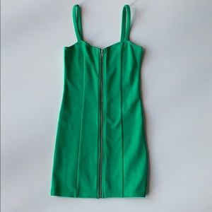 🛍🛍 H&M Divided Green zipper body dress Size 4